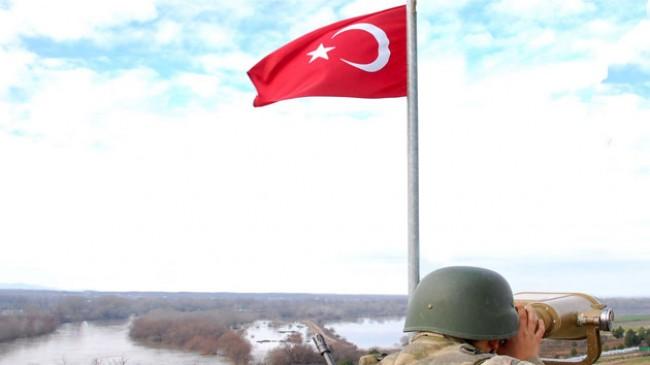 Yurda kaçak yollarla girmeye çalışan bir PKK'lı Jandarma ekipleri tarafından yakalandı