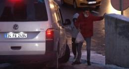 İstanbul'da kar yağışı sonrası oluşan don nedeniyle vatandaşlar zor anlar yaşadı