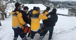 İstanbul'da kardan kapanan köy yollarını andıran olay