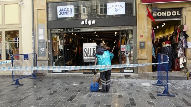 İstiklal Caddesi'nde görenleri hayrete düşüren manzara