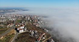 Marmara Denizine sis tabakası: Kartpostallık görüntüler oluştu