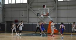 Mersin Büyükşehir Gsk Erkek Basket Takımı Yarı Finalde
