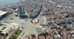 Turistlere kalan Taksim Meydanı havadan görüntülendi