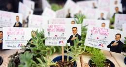 Mersin Büyükşehir, Anneler Günü İçin 13 İlçede Toplam 10 Bin Sukulent Dağıttı