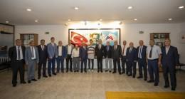 """Başkan Seçer, Mersin ESOB Heyetini Kabul Etti: """"Hayata 5 Yaşında Bir Ahi Olarak Başladım"""""""