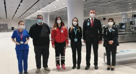 İstanbul Havalimanında ilk doğuma yardım eden personel o anları anlattı